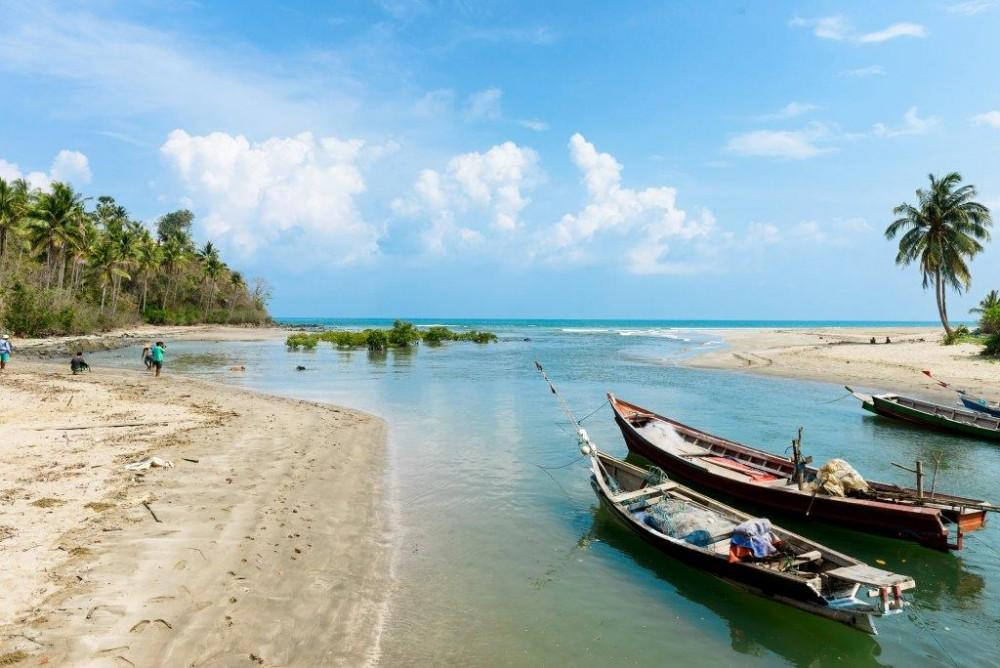 Ngapali-Beach-1